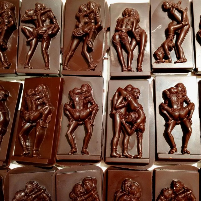 Kamasutra Chocolate Bars Series 1 Qrator